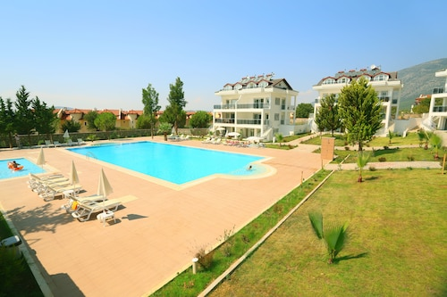. Orka Park Elite Apartments