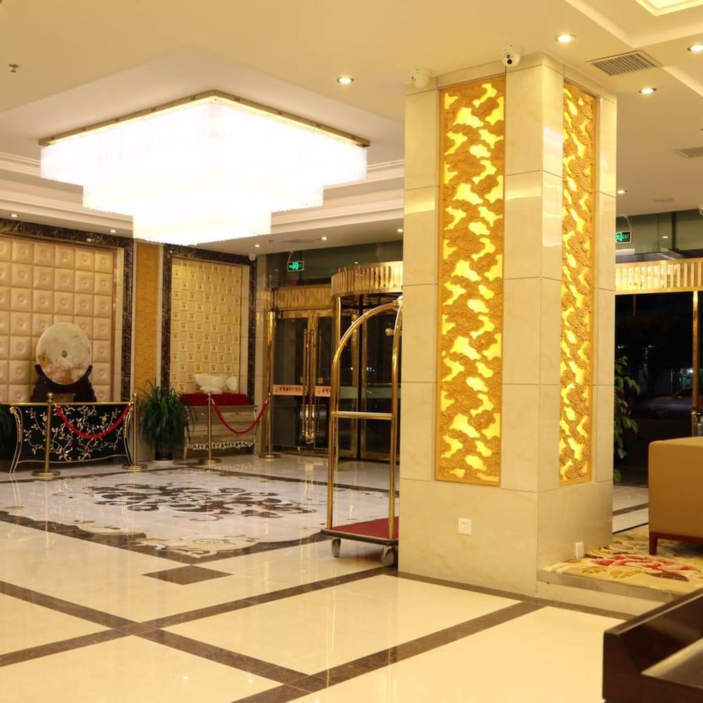 敦煌 ロンフェン ホテル