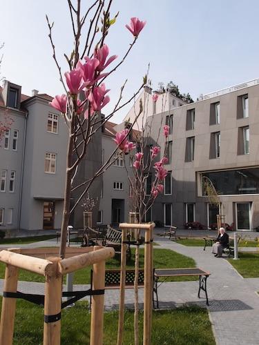 Centrum Salvator, Bratislava I