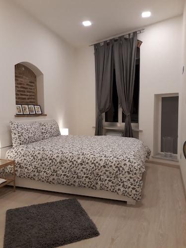 . Piazzetta dei Consoli Apartment