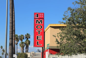 4 Star Motel photo