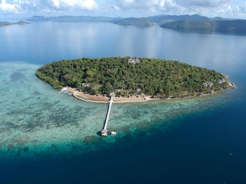 . Iris Island Eco Resort
