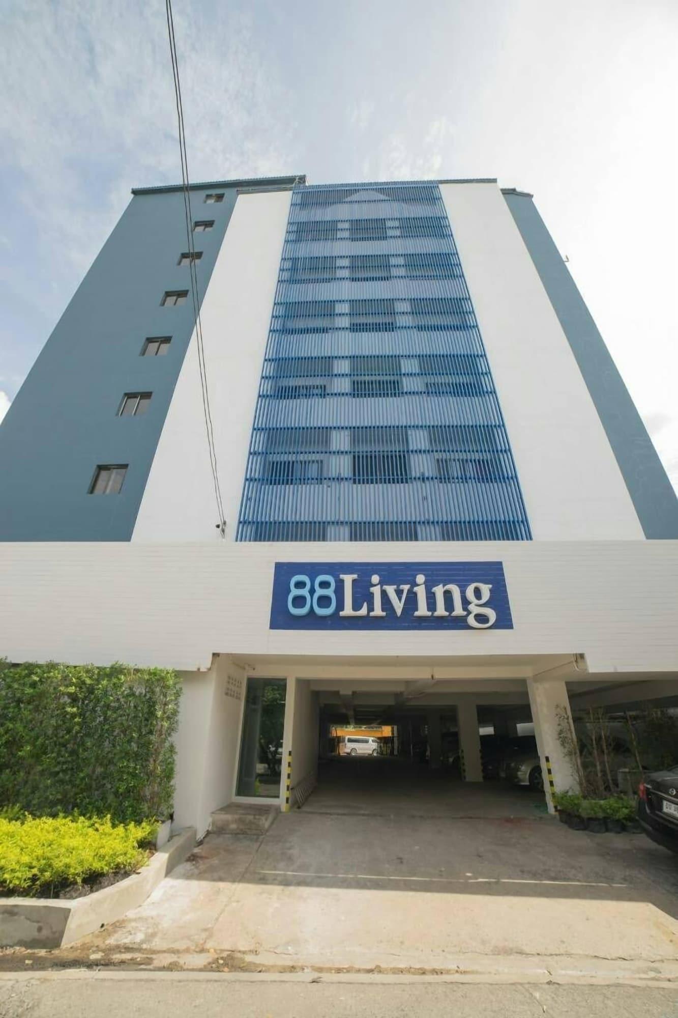 88 Living, Khan Na Yao
