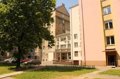 Chmielna Central Warsaw Lux Apartment, Warsaw