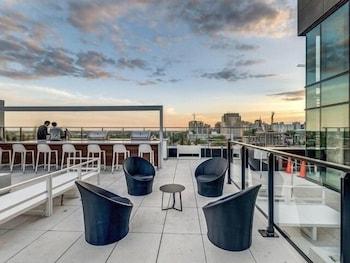 Tour Des Canadien Luxury Sky Condos photo