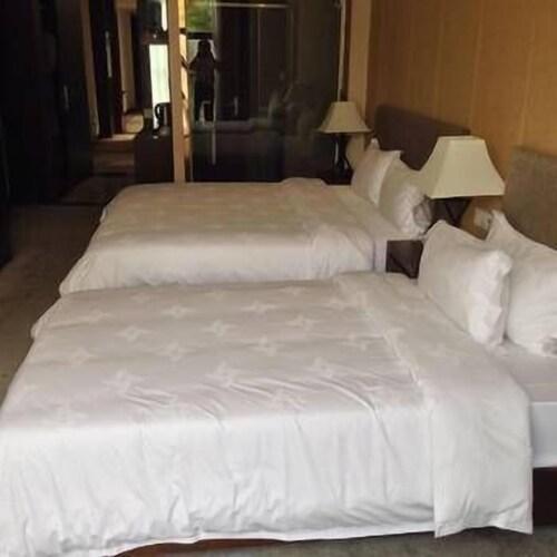 Famoushotel, Chongqing