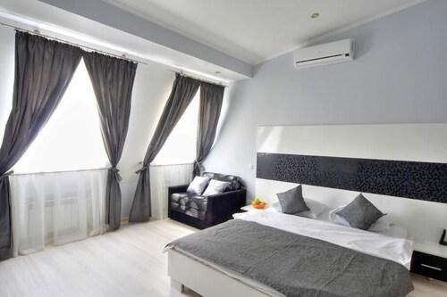 Best Season Apart Hotel, Shevchenkivs'kyi