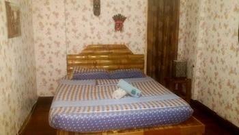 BUGOYBIKERS HOSTEL Room