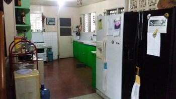BUGOYBIKERS HOSTEL Private Kitchen