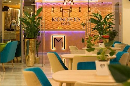 . Monopoly Hotel