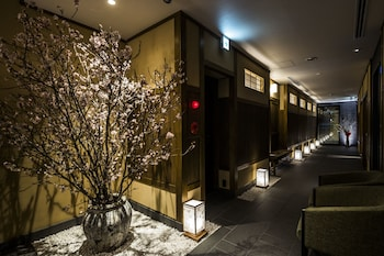 NAGI KYOTO SHIJO Hallway