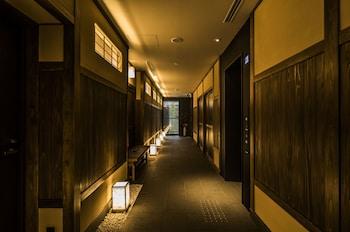 NAGI KYOTO SHIJO Interior Entrance