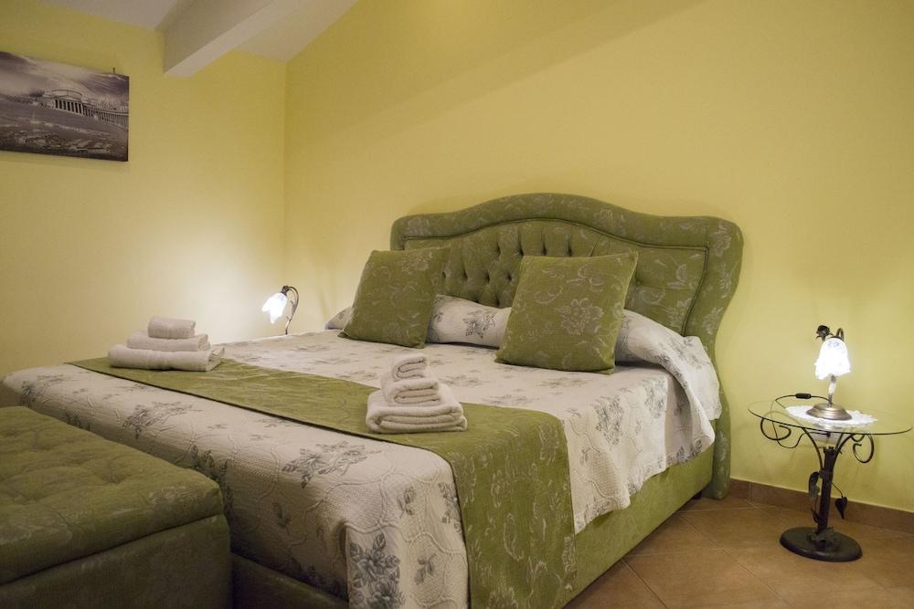 Hotel Mercatello Relais Old City