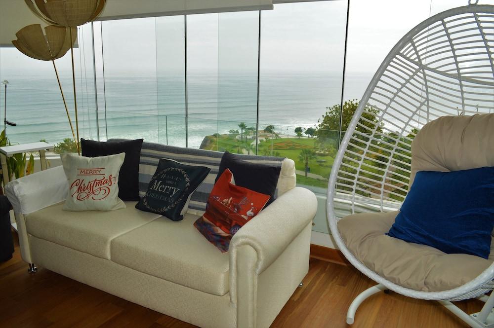 Modern Miraflores Apartment Ocean View