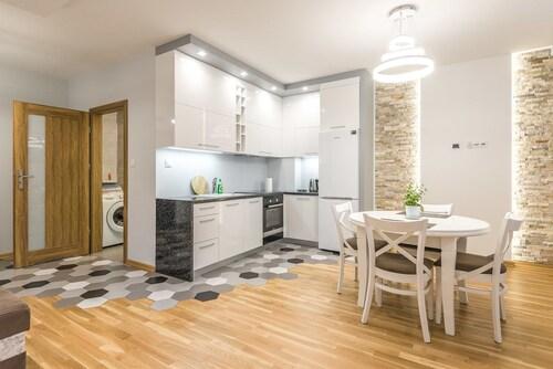 . Apartament w centrum Grójca