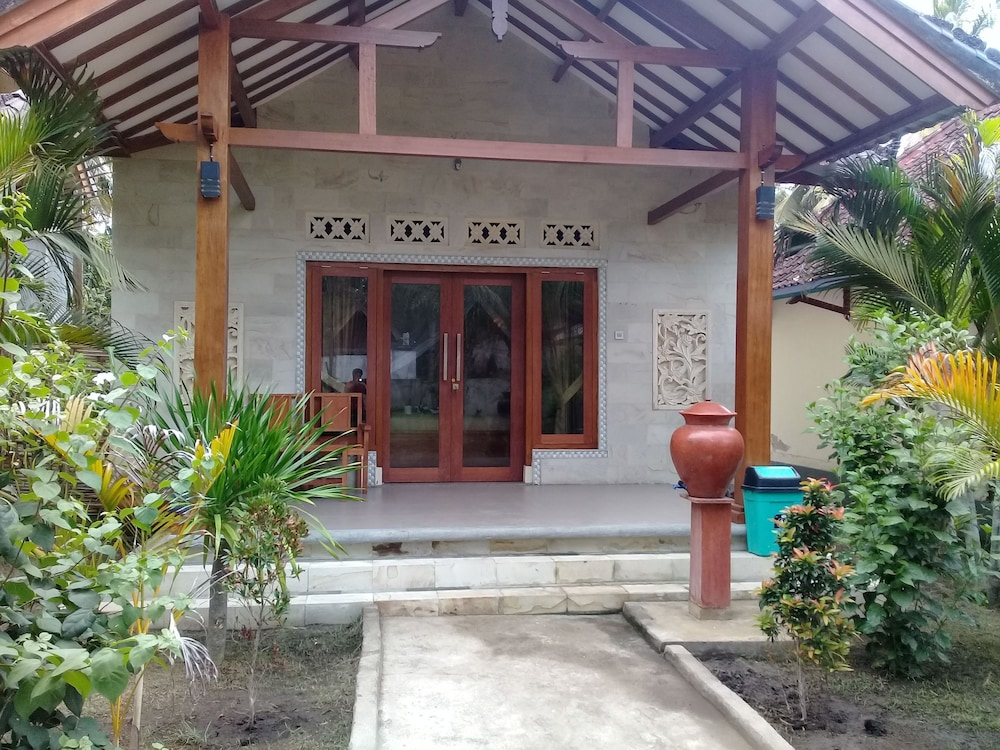 Pelangi Cottages and Restaurant