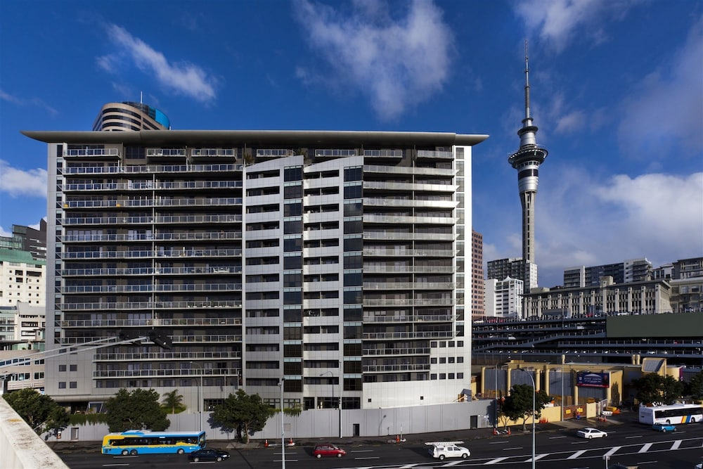 Auckland Waterfront Executive Living