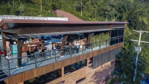 . Blue Mountain Phangnga Resort