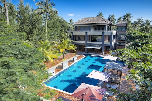 Ocean Paradise Resort, Bassein
