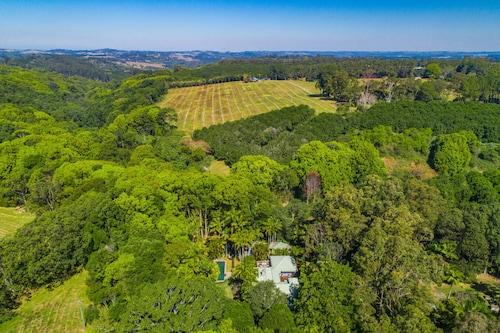 Brookbank - Byron hinterland estate, Byron