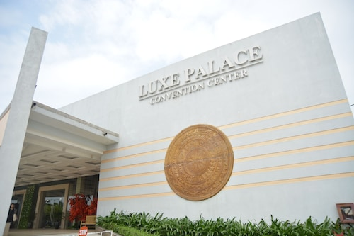 Luxe Hotel, Đồng Hới