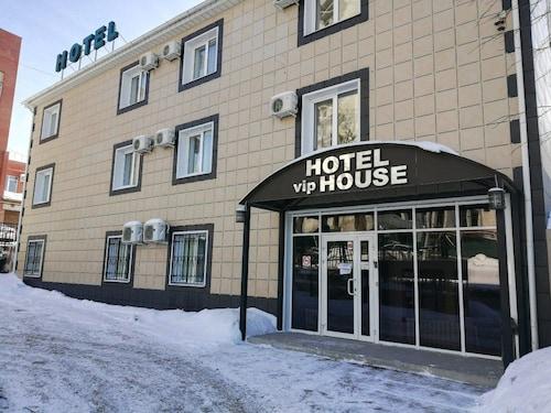 VIP House Hotel on Solnechnaya, Volzhskiy rayon