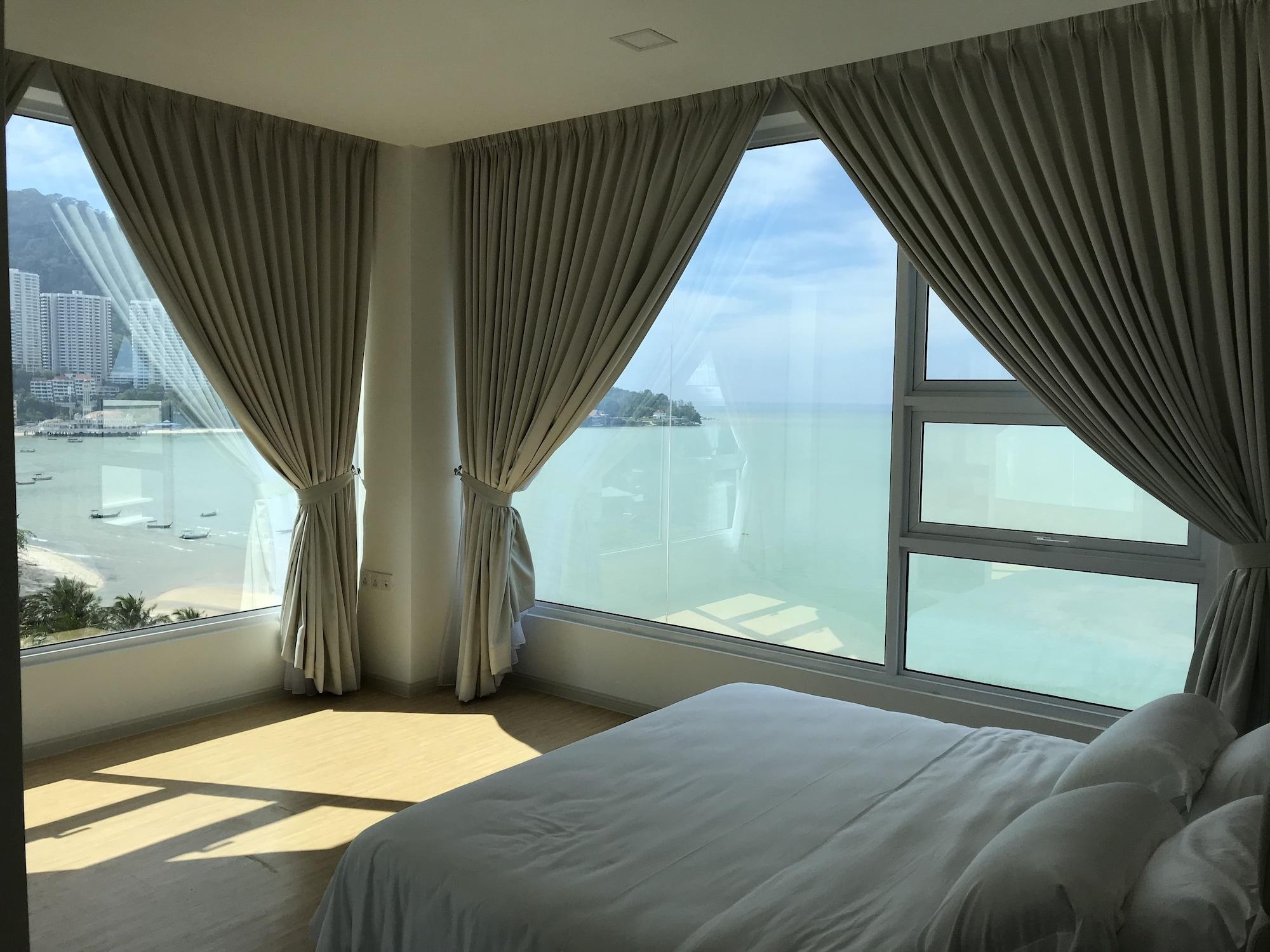 Brand New By The Beach - Tanjung Bungah, Pulau Penang