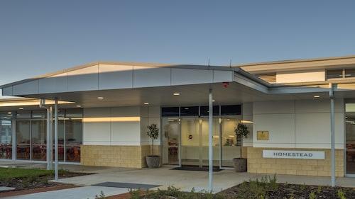 Canberra Park, Gungahlin-Hall - SSD Bal