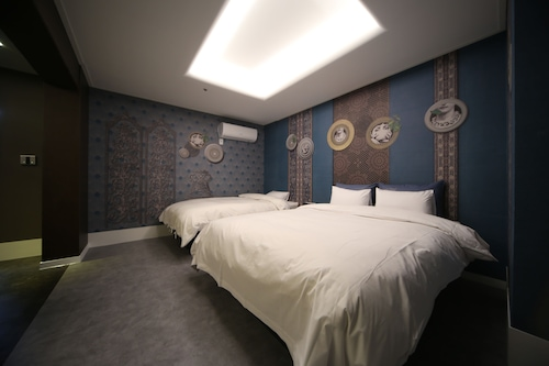 Drama Motel, Yuseong