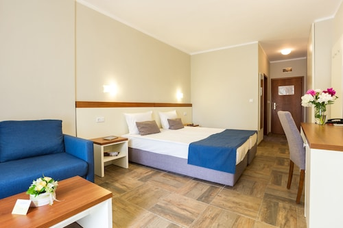 Ljuljak Hotel, Varna