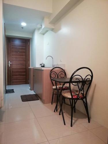 15th Floor Studio Unit in Horizon 101, Cebu City