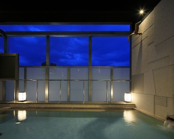 CANDEO HOTELS KOBE TORROAD Outdoor Spa Tub