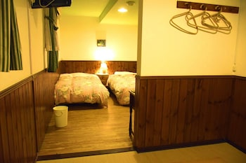 Standard Room with Tatami Area and Shared Bathroom