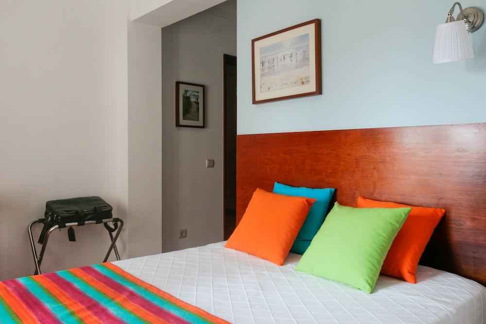 Hotel Santiago, Vagos