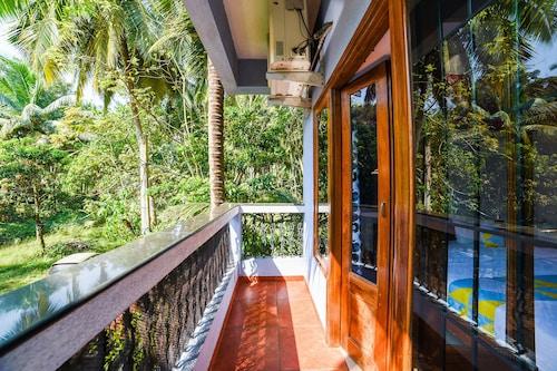 . OYO 9882 Home Studio Franria Villa Calangute