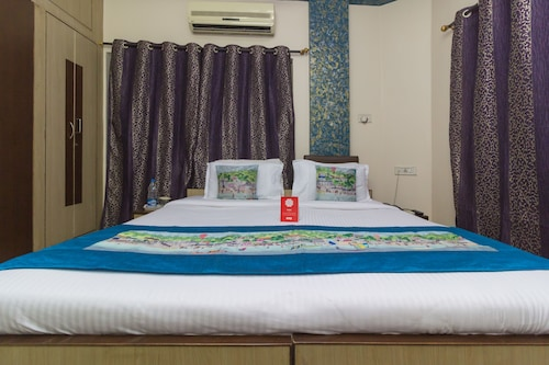 OYO 730 Hotel Karishma Homes, Hyderabad