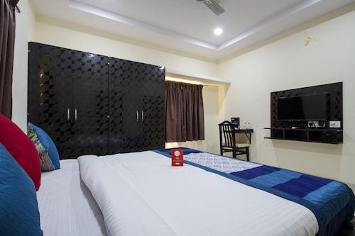 OYO 6663 Airport Pride Inn, Ranga Reddy