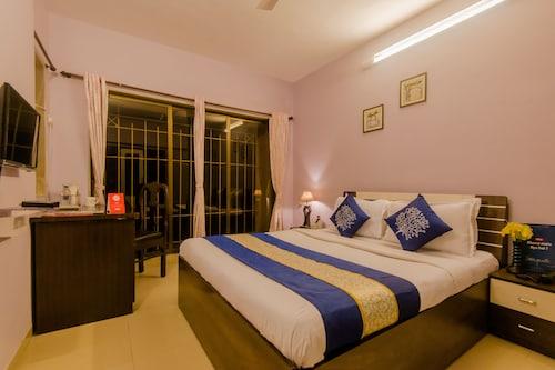 . OYO 10053 Apartment Powai