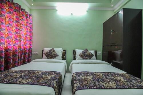 . OYO 11074 Home 1BHK Green View Rajbagh Beach