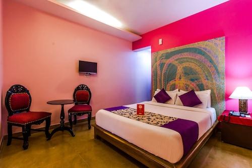 OYO 5671 Maximum Holiday Inn, North Goa