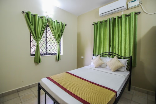OYO Home 1134 Studio Riverside 1BHK Siolim, North Goa