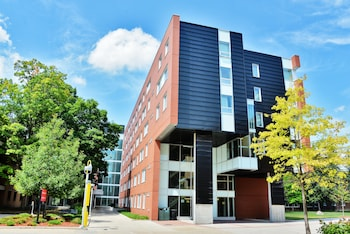 Hotel - Carleton University Accommodations