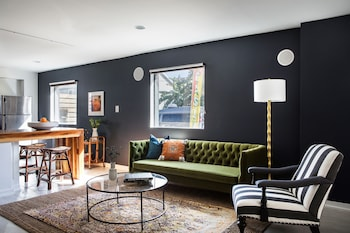 Colorful 2BR in Mid City by Sonder