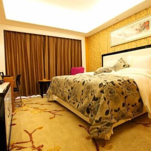 Century Garden Hotel, Qujing