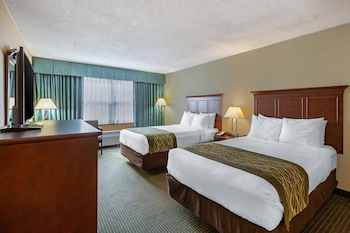 Hotel - Clarion Inn Falls Church-Arlington