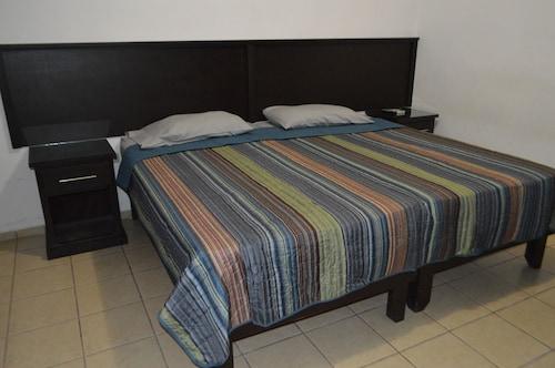 . Departamentos & Suites Villa Teresa