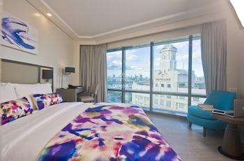 SAVOY HOTEL MANILA Room