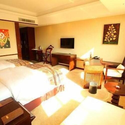 Banghe Hotel, Dehong Dai and Jingpo