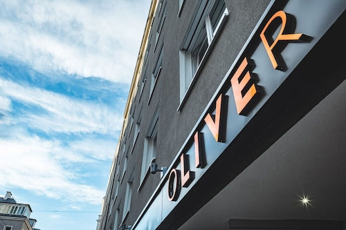 . Oliver Apartments