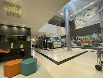 馬林加阿瓦隆飯店 Maringá Hotel Avalon
